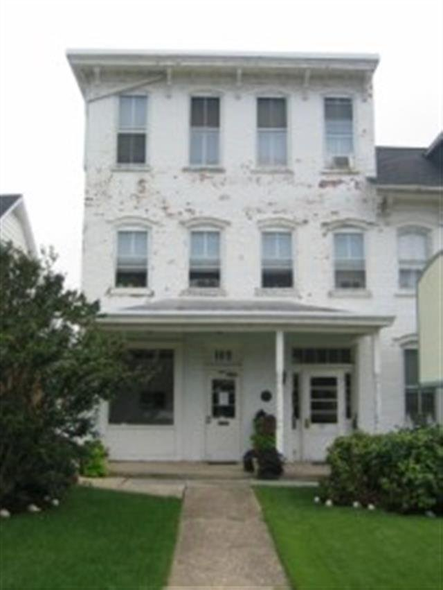 house for rent in office space br 109 e main street ephrata pa